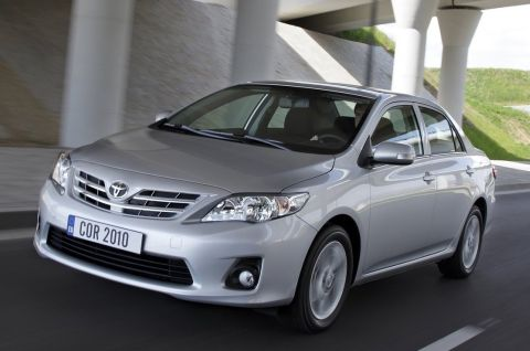 2010-Toyota-Corolla-1