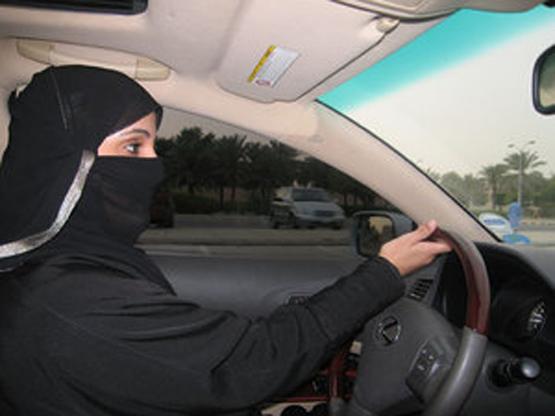 woman_driver_555
