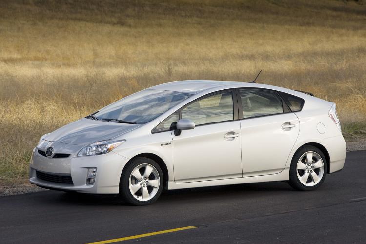2010_Toyota_Prius.jpg