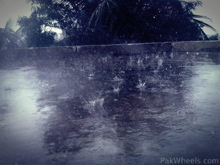 297664-Monsoon-Rain-s-In-Karachi-September-2011-300683-10150299057358137-109340433136-7924081-1979291966-n