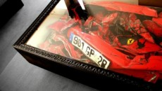 crashed-ferrari-turned-into-awesome-table-photo-gallery-40519-7