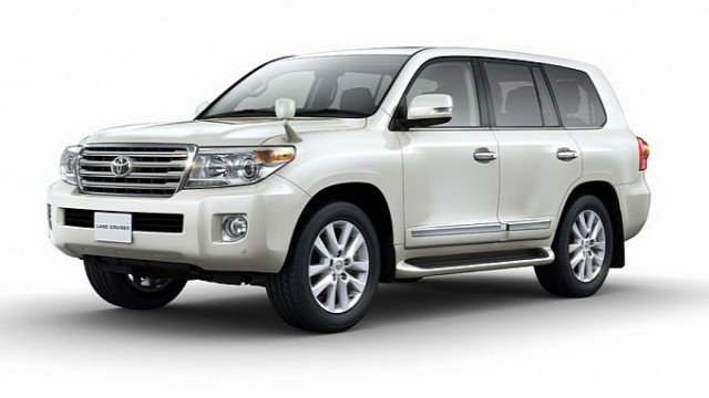 2012-toyota-land-cruiser-200-facelift-revealed-as-jdm-model-medium_5