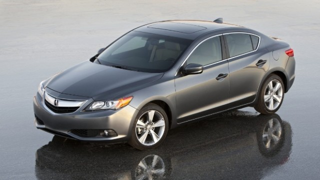 2013-acura-ilx-luxury-sedan-unveiled-photo-gallery-42477-7