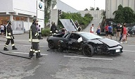 Lamborghini-Murcielago-Crashes-Into-Italian-BMW-Motorcycle-Showroom