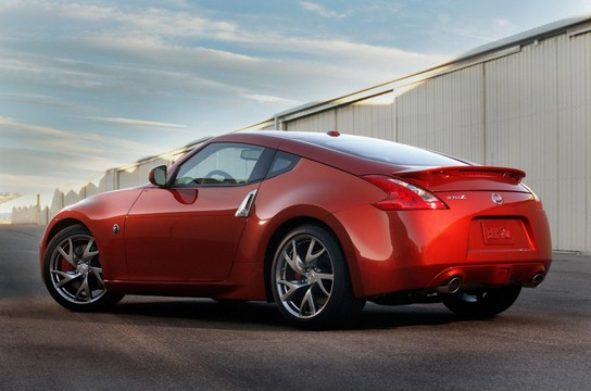 2013 Nissan 370z facelift - Red