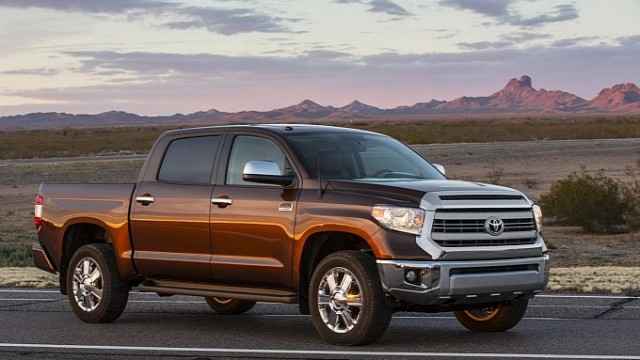 Toyota To Make Hybrid Pickups