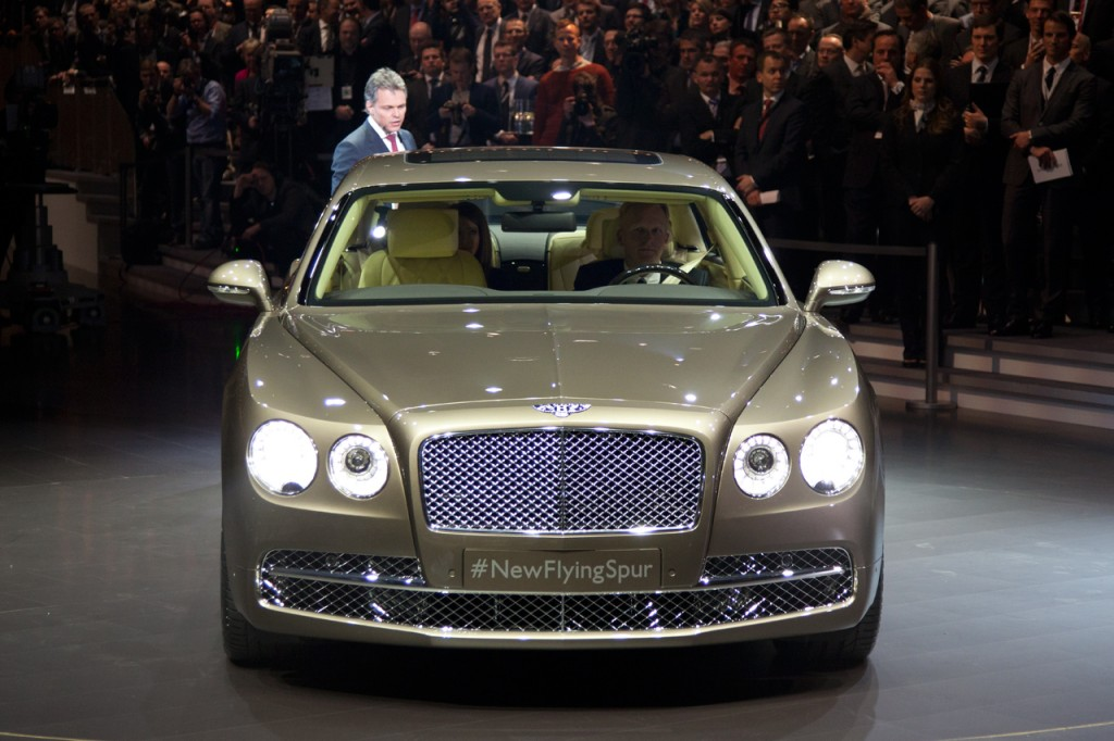 2014 Bentley Flying Spur 3 Geneva-auto-show-2013