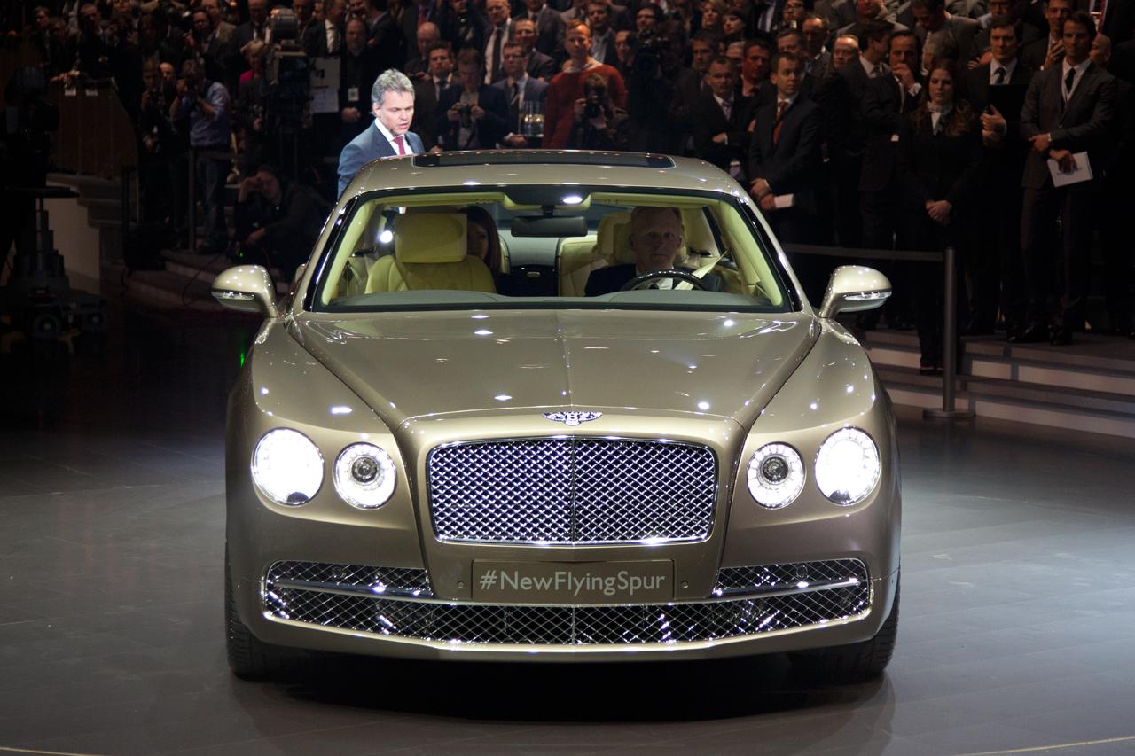 2014 Bentley Flying Spur 3 Geneva-auto-show-2013