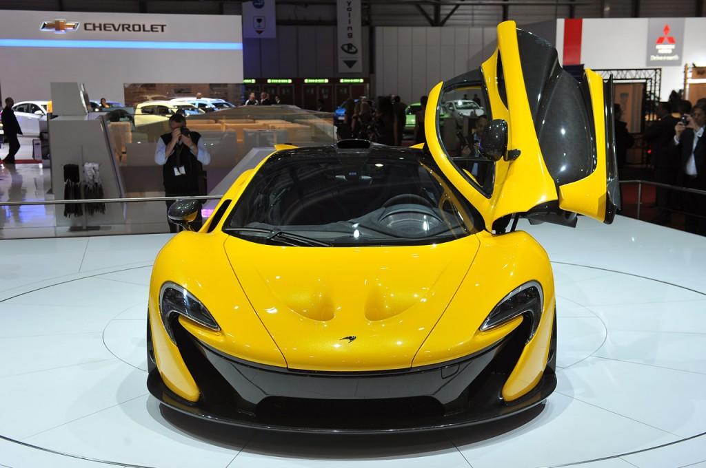 2014 McLaren P1 Geneva-auto-show-2013