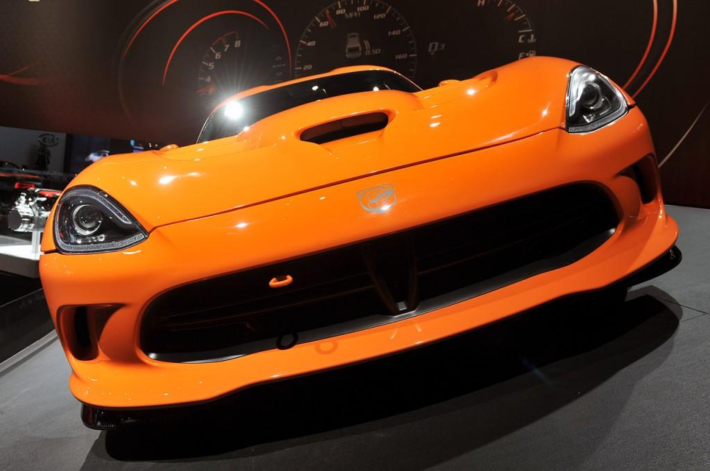 2014-srt-viper-ta-New York Auto Sho 2013