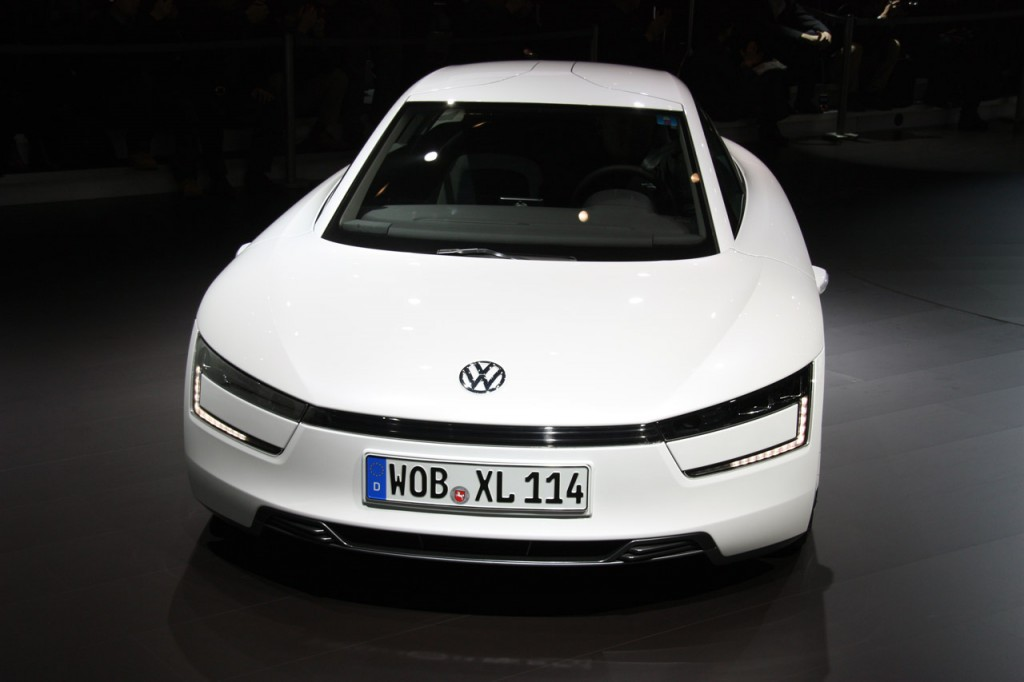 2014 Volkswagen XL1 Geneva-auto-show-2013
