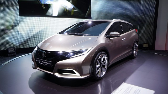 Honda-Civic-Wagon-1[2]