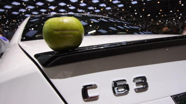 Mercedes Benz Apple