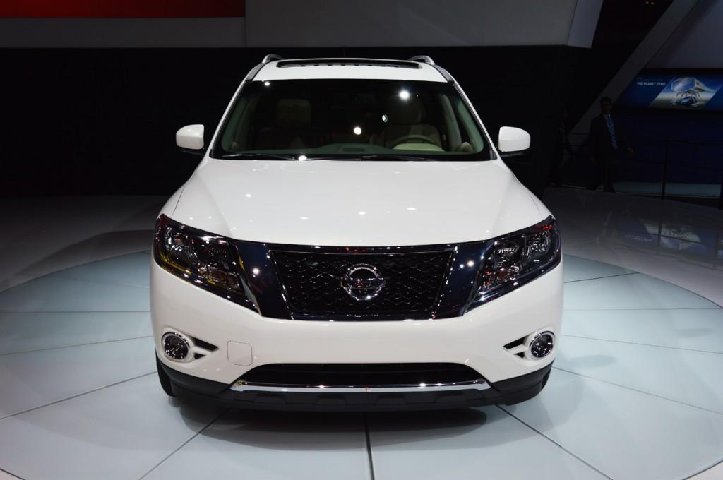 nissan-pathfinder-hybrid-New York Auto Sho 2013