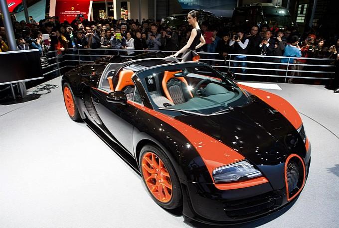 bugatti-veyron-grand-sport-vitesse-wrc-introduced-in-shanghai-photo-gallery-medium_4