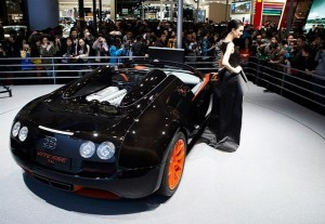 bugatti-veyron-grand-sport-vitesse-wrc-introduced-in-shanghai-photo-gallery-medium_7