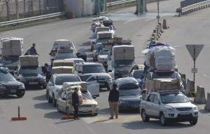 Workers Return Home As South Korean Government Decides To Withdraw All From Kaesong