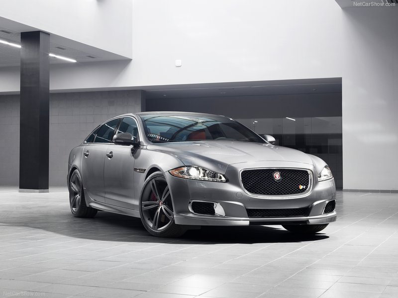 Jaguar-XJR_2014_800x600_wallpaper_02