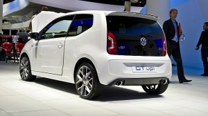 frankfurt-2011-volkswagen-gt-up-concept-live-photos-medium_6