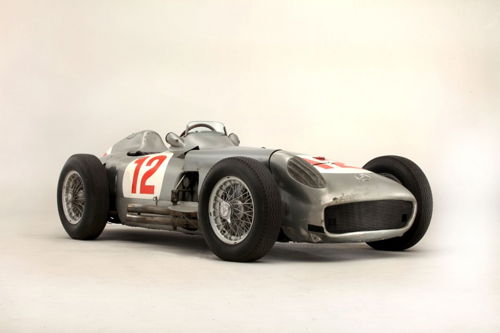 001-fangio-mercedes-bonhams
