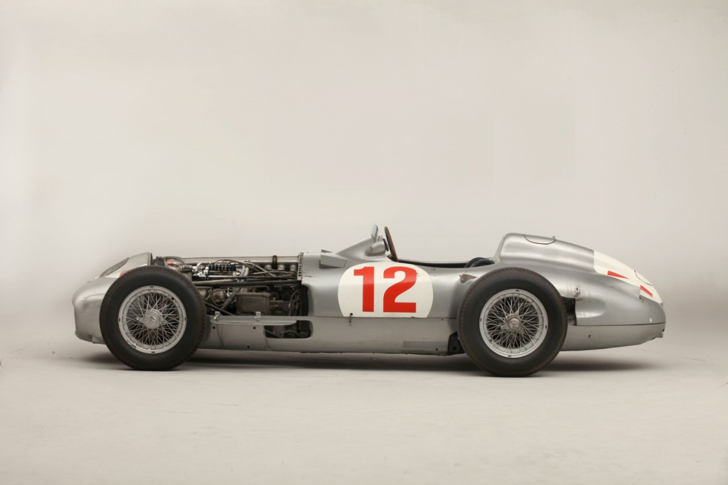 002-fangio-mercedes-bonhams