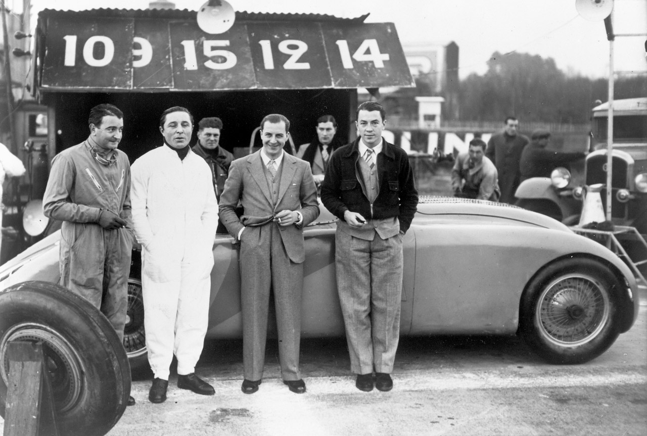 007-bugatti-veyron-grand-sport-legend