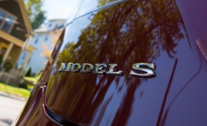 2013-tesla-model-s-badge-photo-493114-s-1280x782