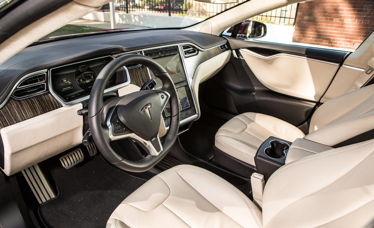 Electric vehicle diaries the tesla model s pakwheels blog for Interior tesla model s