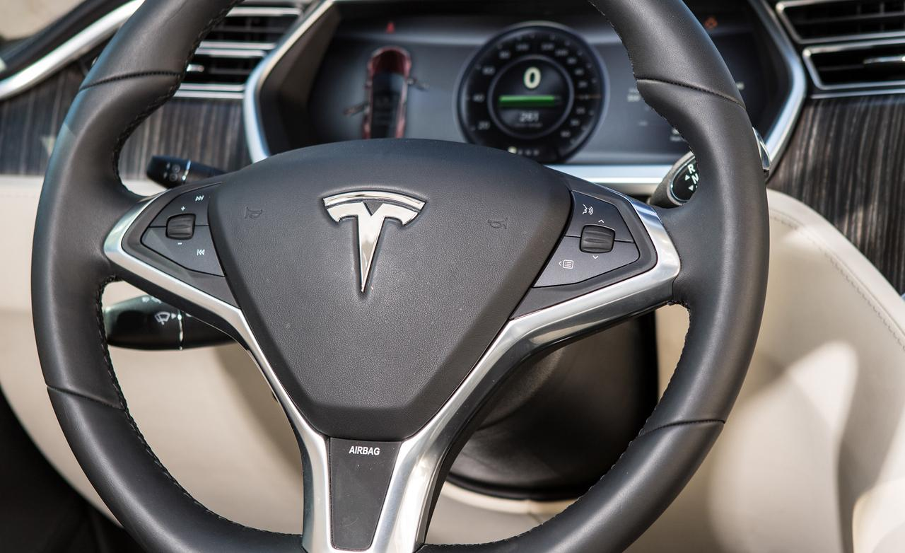 "Tesla Share Price >> Electric Vehicle Diaries: The Tesla ""Model S"" - PakWheels Blog"