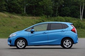 2014-honda-jazz-2015-honda-fit-photo-gallery-medium_13