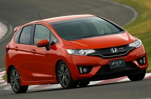 2014-honda-jazz-2015-honda-fit-photo-gallery-medium_18