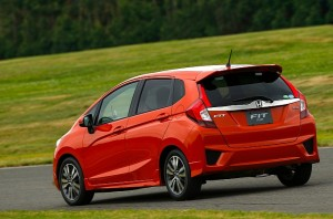 2014-honda-jazz-2015-honda-fit-photo-gallery-medium_19