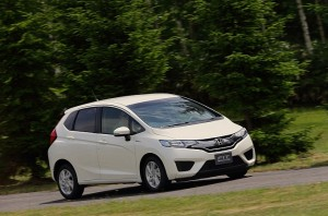 2014-honda-jazz-2015-honda-fit-photo-gallery-medium_7