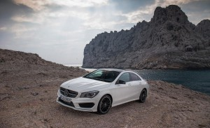 2014-mercedes-benz-cla250-4matic-sport-photo-505795-s-1280x782