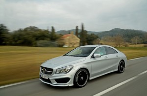 2014-mercedes-benz-cla_100421478_l