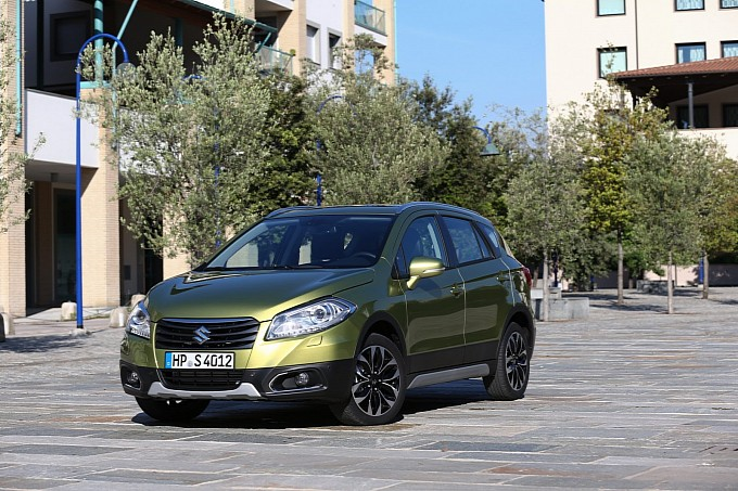 2014-suzuki-sx4-new-details-pics-revealed-photo-gallery-medium_5