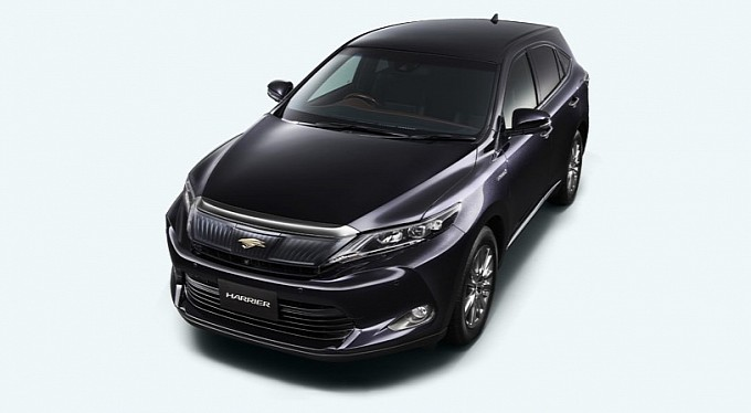 2014-toyota-harrier-first-photos-released-medium_2