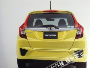 all-new-2014-honda-fit-jazz-leaked-medium_1
