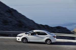 euro-spec-2014-toyota-corolla-new-photos-emerge-photo-gallery-medium_29