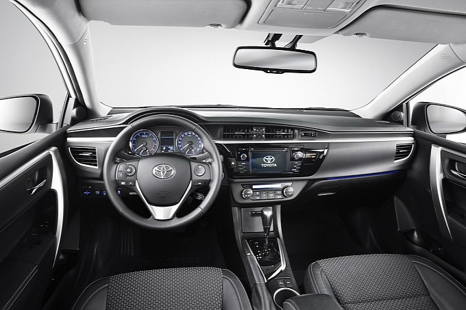 euro-spec-2014-toyota-corolla-new-photos-emerge-photo-gallery-medium_58