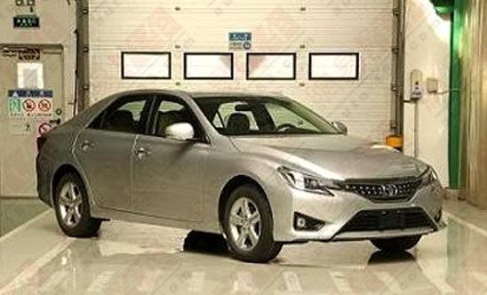 toyota-reiz-china-new-1