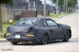 2015-ford-mustang-spy-shots_100430281_m
