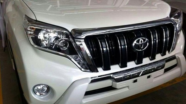 facelifted-toyota-land-cruiser-prado-lexus-gx-leaked-medium_2