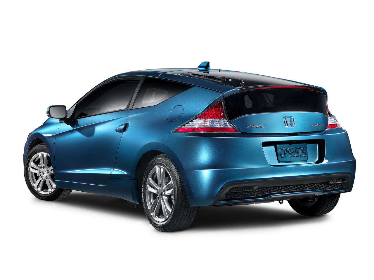 honda launches the cr z hybrid in pakistan pakwheels blog. Black Bedroom Furniture Sets. Home Design Ideas