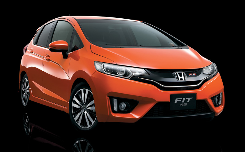 2014-Honda-Jazz-RS