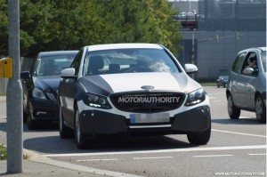 2015-mercedes-benz-c-class-spy-shots_100440476_l