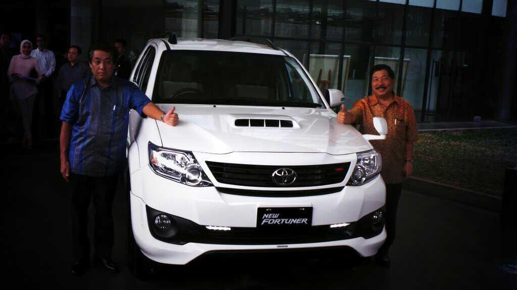 Toyota Fortuner 2015 Toyota fortuner facelift