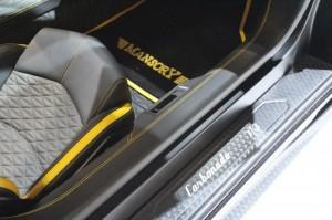 mansorys-aventador-carbonado--2013-frankfurt-motor-show_100439882_l