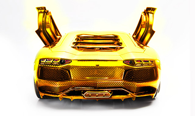 solid-gold-lamborghini-worth-75m-previewed-in-dubai_1