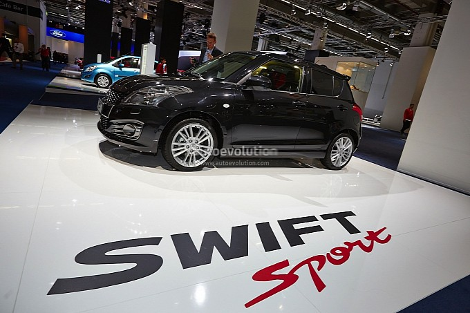 suzuki-swift-sport-5-door-pops-up-in-frankfurt-medium_1